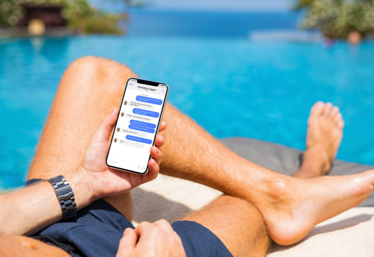 Facebook Chat by Pool